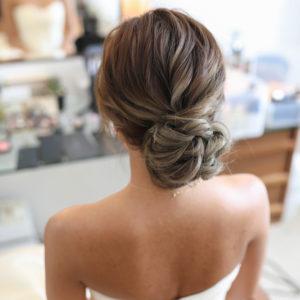 ウエディングシンプルまとめ髪
